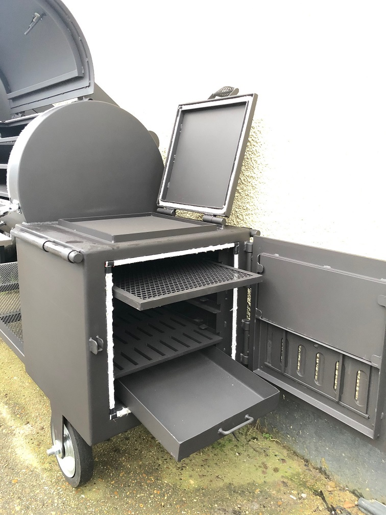 """BM S-4 Plus""  offset smoker"